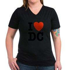 I Love DC Women's V-Neck Dark T-Shirt